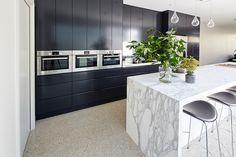 domino dulux - Google Search Black Kitchens, Cool Kitchens, Charcoal Kitchen, Combi Oven, Kitchen Gallery, Contemporary Kitchen Design, Splashback, Base Cabinets, New Homes