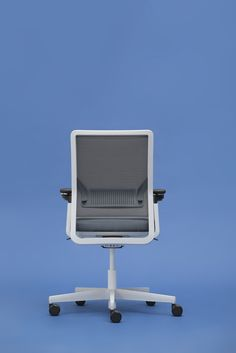 """Uneo"" Tasarımcı/Designed by Martin Ballendat #nurus #nurusdesign #officefurniture #uneo"