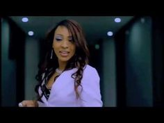 Viviane Ndour (Viviane Chidid) - Waaw [MV] - Chanteuse sénégalaise / Senegalese singer / Chanteuse Africaine / African singer