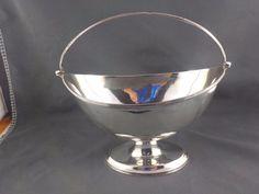 Sterling silver George III swing handle basket Soloman Hougham London 1795 c Barware, Basket, Handle, London, Sterling Silver, Ebay, London England, Door Knob, Tumbler