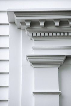 9 Eye capturing Baseboard Style making your home really feel not boring Molding Ceiling, Cornice Moulding, Dentil Moulding, Door Molding, Moldings And Trim, Classic Architecture, Architecture Details, Exterior Trim, Exterior Design