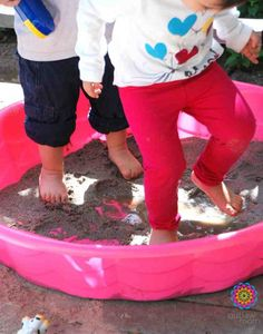 An idea for an easy DIY sandbox!?! What would I cover it with...