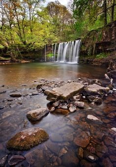 Brecon Falls by Stephen Emerson, via The Brecons Beacons in the Ystradfellte area abound with many beautiful waterfalls within its lush wooded valleys. Beautiful Waterfalls, Beautiful Landscapes, Places Around The World, Around The Worlds, Landscape Photography, Nature Photography, Amazing Photography, United Kingdom Image, Brecon Beacons