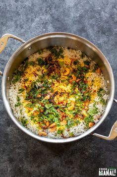 Aromatic and flavorful restaurant style Vegetable Biryani! This fragrant biryani is packed with veggies, spices, herbs and nuts and is an explosion of flavors in every bite! Vegetarian Biryani, Vegetable Biryani Recipe, Veg Biryani Recipe Indian, Veggie Recipes, Indian Food Recipes, Ethnic Recipes, Arabic Recipes, Rice Recipes, Veggie Food