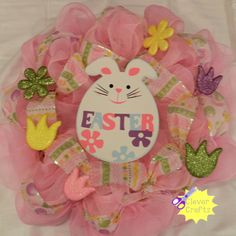easter wreath.... Like us on facebook : Clever Crafts.