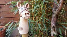 Hier ein Beispiel meiner handgetöpferten Keramiken! In meinem ständig aktualisierten Onlineshop findest du alle derzeit verfügbaren von mir erstellten Objekte unter : http://selfmadekeramik.dawanda.com Reine Handarbeit, Keine Massenware, Nicht Gegossen, Von Hand modelliert!