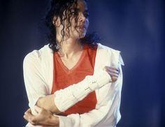 Bildergebnis für khalil gibran the prophet michael jackson Khalil Gibran The Prophet, Michael Jackson, Mj Dangerous, Guinness World, King Of Music, King Of Hearts, We Are The World, Lady And Gentlemen, Hard Rock