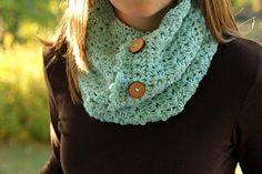 """This pattern coordinates with the Star Stitch Earwarmer and the Star Stitch Boot Cuff patterns, buy them together as a discounted set! See """"published in"""", above."""
