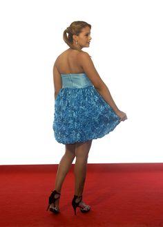 Es tu #vestidodefiesta ideal. Elegante, vistoso y así de bonito. Por si fuera poco puede ser tuyo por 110€. Últimas tallas!!