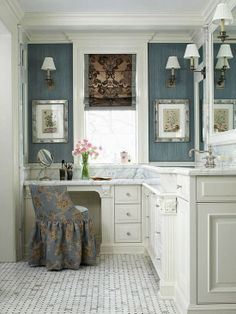 Willow Bee Inspired: Well Dressed Home No. 50 - The Vanity