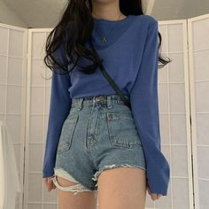 Korean Girl, Ulzzang Girl Outfit Source by lyrasumuverta outfits Korean Fashion Styles, Korean Girl Fashion, Korean Street Fashion, Asian Fashion, Ulzzang Fashion Summer, Korean Fashion Shorts, Korean Style, Korean Fashion Ulzzang, Teen Fashion Outfits