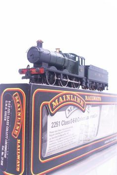 #MAINLINE 37-058 - GREAT WESTERN #GWR GREEN 0-6-0  2251 CLASS COLLET LOCO No.3205