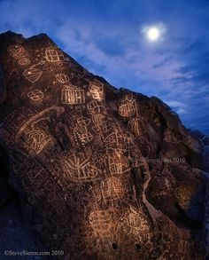 Link To The Past - Petroglyphs, Owens Valley, Eastern Sierra