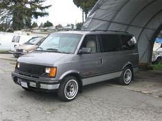 1989 Chevy Astro. My 2nd Astro was not this nice.