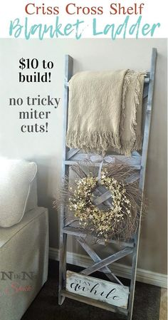 DIY Blanket Ladder with Criss-Cross Back DIY Furniture & DIY Home Decor! Build a blanket ladder with Cute Dorm Rooms, Cool Rooms, Easy Home Decor, Cheap Home Decor, Diy Blanket Ladder, Ladder With Blankets, Country Style Homes, Home And Deco, Diy Furniture