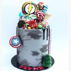 123 vind-ik-leuks, 8 reacties - Kylie (@thesweetescapesydney) op Instagram: 'Superheroes are definitely my most requested theme ‼️💥☎️ every week for the last 6 weeks I've had…' Avengers Birthday Cakes, Superhero Birthday Cake, Novelty Birthday Cakes, Novelty Cakes, 4th Birthday, Easy Cakes For Kids, Cakes For Boys, Cupcakes, Cupcake Cakes