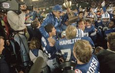 LaVell Edwards: a gracious coach with friends to match his wins = Brigham Young football coach LaVell Edwards won many games without many enemies. That's not easy to do. The two often go hand in hand, but not for…..