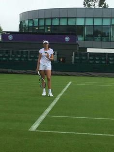 Buenos días a todos!! Good morning everyone! @Wimbledon    #Blanco @White