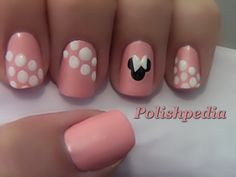 Love these cute Minnie mouse nails!