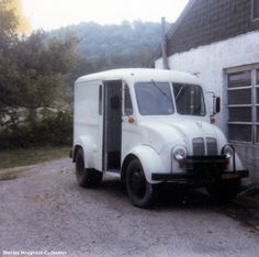 Divco Truck Pictures/used to drive one of these,my dad was THE MILKMAN  :)