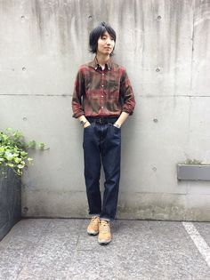 Engineered Garments shirt, a pair of 5 pocket blues and what could be a pair of Nonnative Gore-Tex sneakers. Tucked in style done really well...