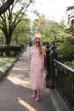 Pink feather dress // Pink outfit ideas of spring. How to wear feathers. Pink Dress, Dress Up, Atlantic Pacific, Feather Dress, Spring Dresses, Spring Clothes, Pink Outfits, African Dress, Pink Fashion