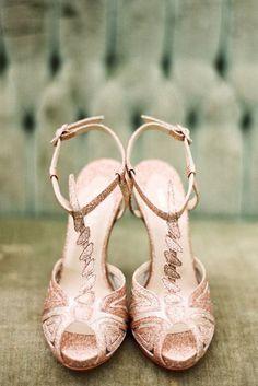 Rose Gold Wedding Shoes #wedding #rosegoldwedding #rosegold #pink #saphireeventgroup