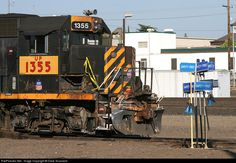 RailPictures.Net Photo: UP 1355 Union Pacific EMD GP40-2 at Roseville, California by Dave Toussaint