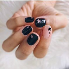 """If you're unfamiliar with nail trends and you hear the words """"coffin nails,"""" what comes to mind? It's not nails with coffins drawn on them. Although, that would be a cute look for Halloween. It's long nails with a square tip, and the look has. Nail Polish Brands, Nail Polish Colors, Cute Nails, Pretty Nails, Nail Art Designs, Stars Nails, Star Nail Art, Nagellack Trends, Manicure Y Pedicure"""