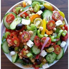 This was a complete hit, alongside a juicy-Italian marinated grilled chicken breast this afternoon TIP: Make extra Italian dressing (separately), to marinate your chicken overnight Makes about 6 servings Salad Ingredients:... #cleaneatingitaliansalad #cleaneatingzucchininoodlesalad #coldpastasalads