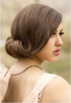 This vintage looking hairstyle is simple yet stunning and goes well with any wedding outfit, be it Indian or Western. You can try this one for your receptions as well. You will need a few hair clips, some helping hands and a fixing spray.