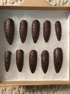 Handcrafted glitter acrylic nails in brown. I can also make these in any color glitter you would like :) nail glue comes with purchase