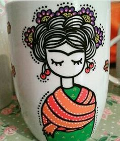macetas pintadas a mano Painted Clay Pots, Painted Flower Pots, Hand Painted Ceramics, Pottery Painting, Ceramic Painting, Bottle Art, Bottle Crafts, Mundo Hippie, Painting Glass Jars