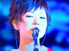 Shiina Ringo, Crazy Girls, Short Cuts, Visual Kei, Short Hair Styles, Beautiful Women, Singer, Apple, Portrait