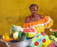 Walking around the historical part of Cartagena-de-Indias, Colombia, you can often see palenqueras — black ladies in colourful traditional dresses selling tropical fruit and homemade sweets. Studio Portrait Photography, Studio Portraits, Cuban Women, Africa People, Brown Pride, Butterfly Images, African Culture, Cuban Culture, Tropical Art