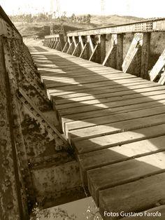 Ponte, uma das primeiras da aventura.