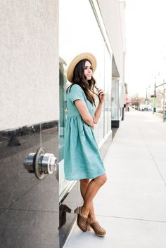 Daydreamer Linen Dress in Ocean – Poppywells