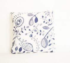 swedish pillow. via: HAPPYsthlm