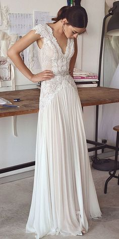lace wedding dress with cap sleeves #weddingdresses #weddingdress #bohowedding