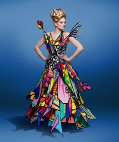 The Most Unique Fashion You Ever - Nona Gaya Origami Fashion, Paper Fashion, Fashion Art, Fashion Show, Fashion Design, Fashion Details, Unique Fashion, Mode Unique, Iris Van Herpen