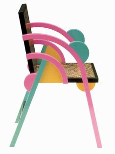 Product: Chair 'Saragoza' Company: Perkal Category: Chairs Industrial Design: George J. Sowden Designed in: 1984