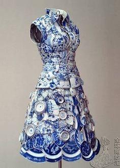 传统艺术的魅力--青花瓷——青花瓷手工中国风礼服