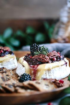Take brie up a few notches with this irresistible presentation. Baked Brie with Blackberry Compote and Spicy Candied Pecan Fruit Appetizers, Appetizers For Party, Appetizer Recipes, Party Recipes, Baked Brie Recipes, Pecan Recipes, Spicy Candied Pecans Recipe, Cheese And Wine Tasting, Wine Cheese