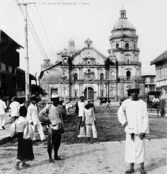 Binondo Church and convent, Manila, Philippines, 1899 Filipino Architecture, Philippine Architecture, Church Architecture, Philippines Culture, Manila Philippines, Old Pictures, Old Photos, Vintage Pictures, Filipino Culture