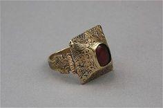 Ring, gold Gotland Burs Sweden 1250-1350