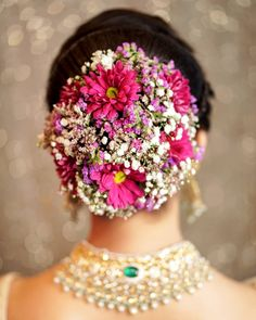 Flower-filled Wedding Hairstyles Ideas In 2020 Bridal Hairstyles with Flowers All the Bollywood Celebrity Of 94 Inspirational Flower-filled Wedding Hairstyles Ideas In 2020 Bridal Hairstyle Indian Wedding, Bridal Hair Buns, Bridal Hairdo, Romantic Wedding Hair, Indian Wedding Hairstyles, Bridal Hair Flowers, Bride Hairstyles, Bridal Hair Inspiration, Braut Make-up