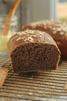 #Copycat Outback Honey Whole Wheat Bread, great for sandwiches or just on its own! @carmelmoments