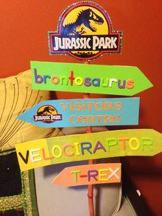 #decoración #dinosaurio #señales #letrero Jurassic park party sign