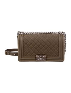 74823f8cfbd01d Olive grained calfskin leather Chanel Medium Boy bag with brushed silver