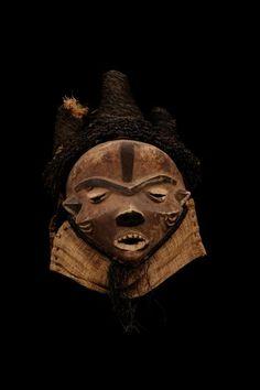 Pende Fumu Mask, DR Congo http://www.imodara.com/item/dr-congo-pende-mbuya-village-mask-fumu-chief-mask/